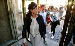 Andreu se muestra dispuesta a negociar «a tope» con Podemos durante el puente festivo