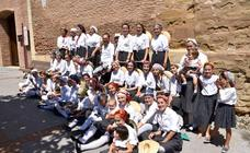 Procesión y danzas de Octaviolea en el día grande de las fiestas de Galilea