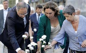 El independentismo catalán ahonda en la teoría conspirativa en el aniversario del doble atentado