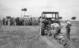 La Retina: concurso de arado con tractor