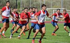 El delantero Nacho Díaz cierra la plantilla