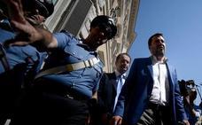 La izquierda italiana abre la puerta a formar gobierno con los 'anticasta'