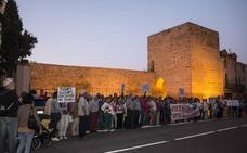 Los calceatenses salen a la calle por sus murallas