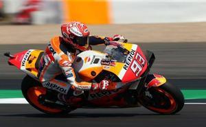 Márquez vuelve a lucir galones en Silverstone