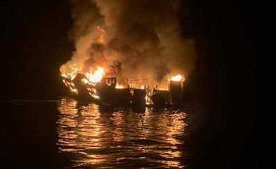 Más de 30 desaparecidos por el incendio de un barco frente a la costa sur de California