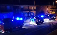Un hombre resulta herido al quedar su mano atrapada en la puerta de su garaje en Haro