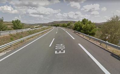 Arden dos hectáreas de monte bajo y rastrojo en Alcanadre