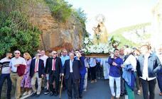 Procesión de la Virgen de Tómalos en Torrecilla