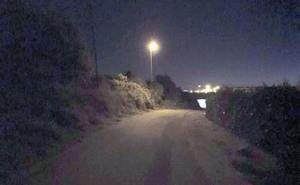 Sin luz en el camino de Lardero