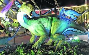 Los dinosaurios toman el ruedo
