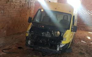Aparece en Alcanadre la furgoneta de Espirituactivo robada el 18 de agosto