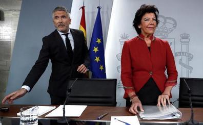 Iglesias pide que el Rey medie a favor de la coalición y el Gobierno se ratifica en su 'no'