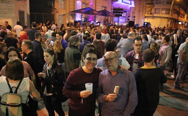 Noche del viernes en el Fardelej con las actuaciones de LVA, UV Ultravioleta, Sharif y Amatria