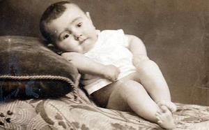 Retrato de un bebé de Cervera