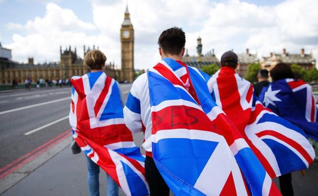 Londres rechaza el «plazo artificial» impuesto por la UE sobre el 'brexit'