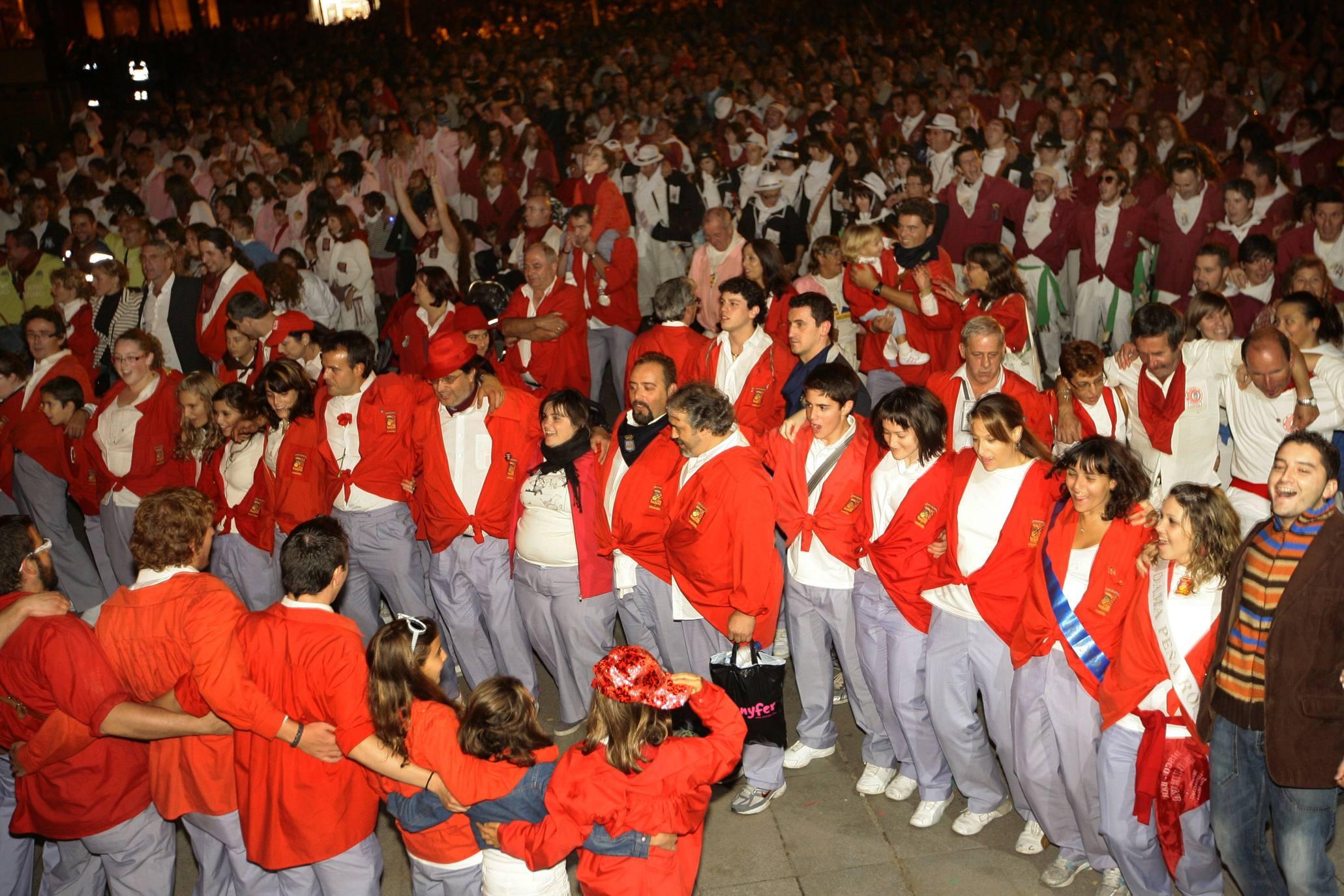 Las peñas han organizado 238 actividades de «cultura y tradición»