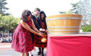 El primer mosto, para las mujeres del vino