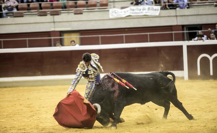 Cayetano y Diego Urdiales triunfan en la primera de la feria matea