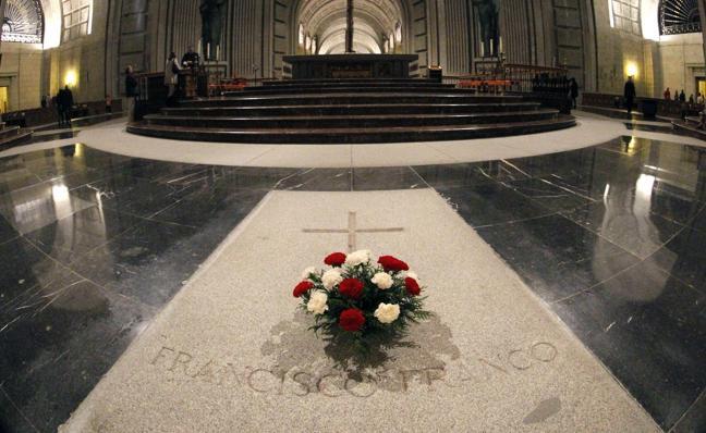 El Supremo avala la exhumación de Franco y su enterramiento en el cementerio de El Pardo