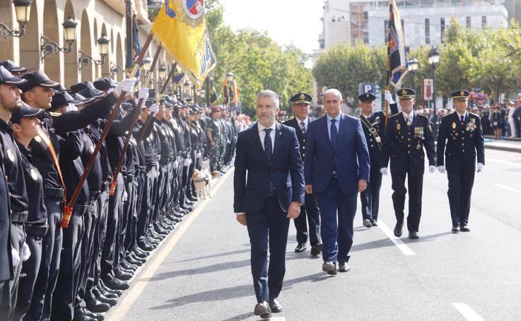 El ministro Grande-Marlaska preside el acto central del Día de la Policía