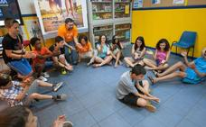 La programación de los centros jóvenes comienza con una excursión a Nieva