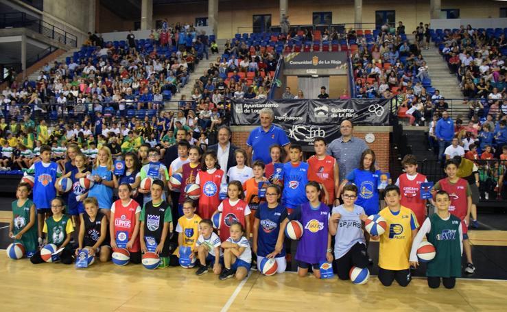 La presentación de la Liga Junior de la NBA