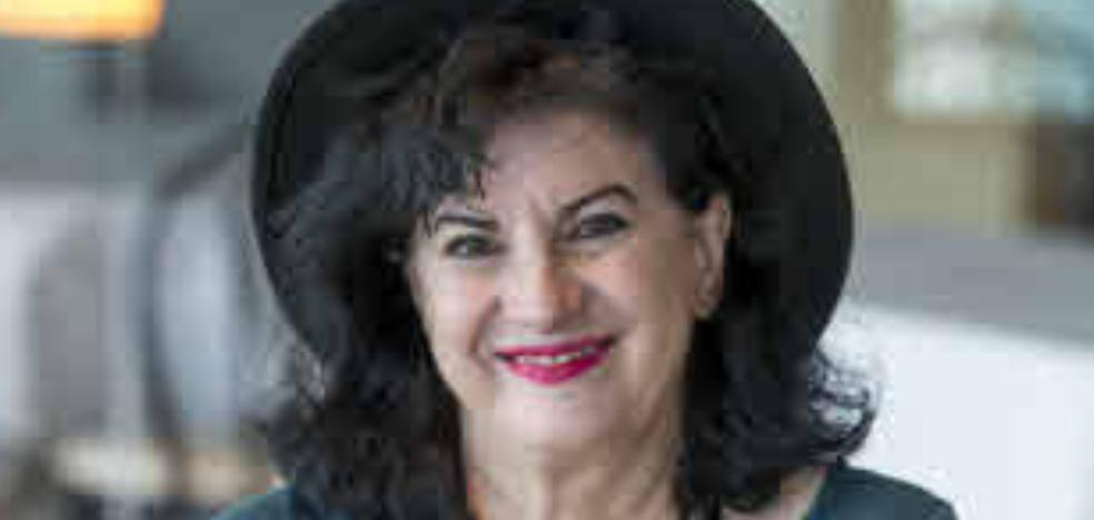 El Loewe premia la osadía poética de Aurora Luque