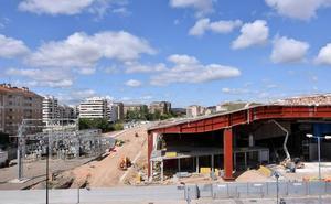La estación de autobuses, para principios de abril de 2020, «siendo optimistas»