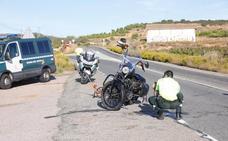 Herido un motorista en el acceso a Navarrete tras chocar con un tractor