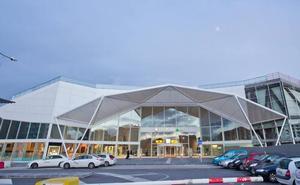 El nuevo servicio de la grúa mantendrá el depósito en el parking de la estación del tren