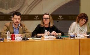 Hita apuesta por consensuar una nueva Ley agraria y ganadera para la comunidad
