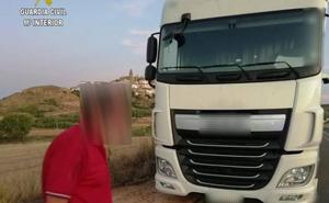 La Guardia Civil sorprende a un camionero que sextuplicaba la tasa de alcoholemia