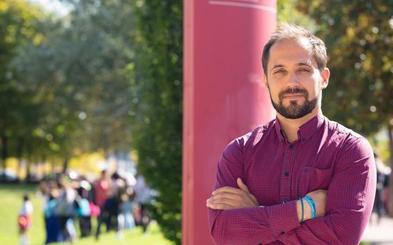 Un profesor de la UR coordina una obra colectiva de tratamientos de psicosis