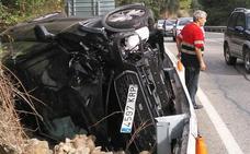 Un conductor herido al quedarse dormido y salirse de la vía en Panzares