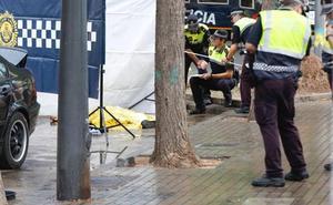 Un hombre muere al ser arrollado por un coche que huía de la policía en Valencia