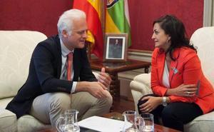 El Ejecutivo retrasa el convenio de capitalidad con Logroño por falta de fondos