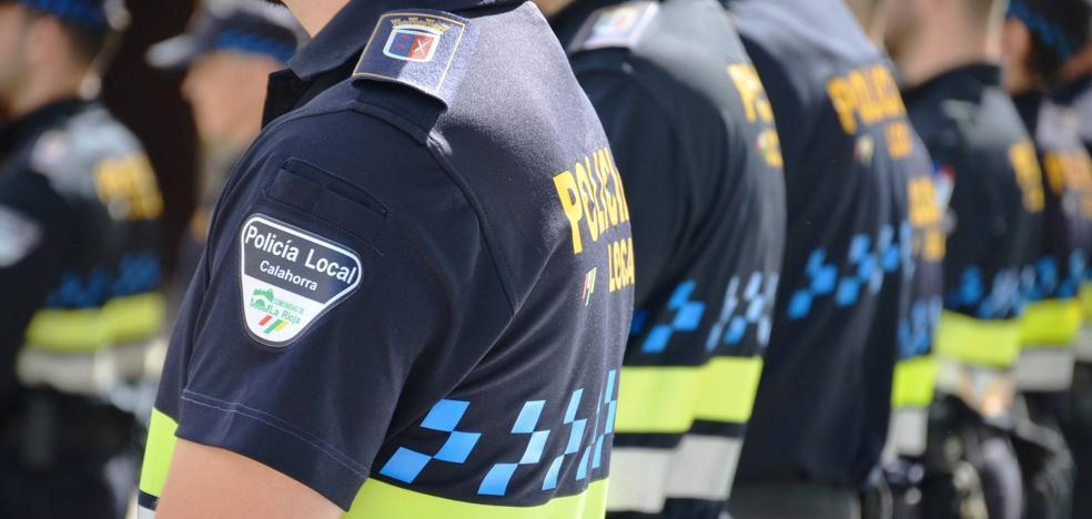 La Policía de Calahorra renueva el vestuario