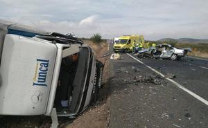 Un muerto y tres heridos en un accidente en la N-232, en Corera