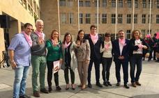 Alba incide en la importancia de participar en los programas de detección de cáncer de mama