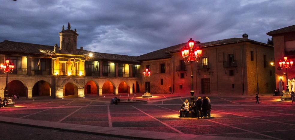 La calceatense plaza de España se vuelve rosa