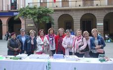 Mesa informativa de la AECC en Alfaro