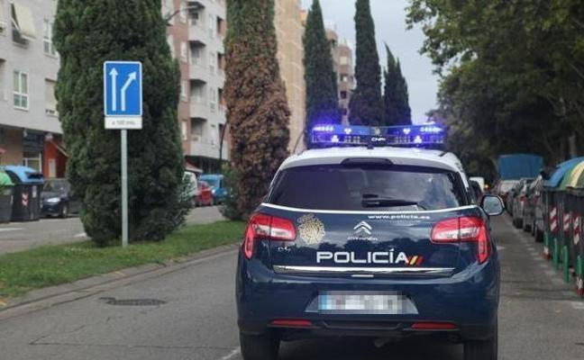 Detenidos dos jóvenes por violar y robar a una mujer en Valencia