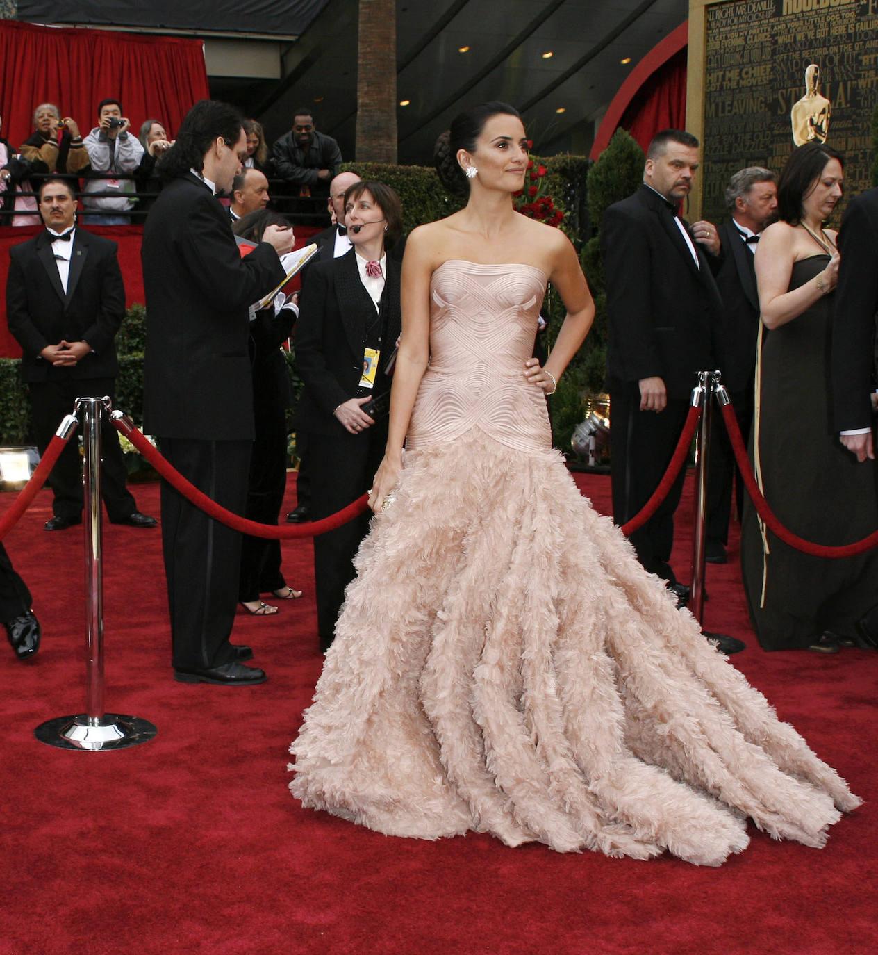 Los ´looks' de Penélope Cruz en los Oscar