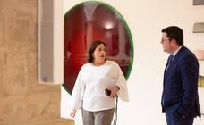 Los gestos y los encuentros en el Parlamento de La Rioja