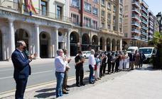 Minuto de silencio en Logroño por las víctimas del COVID-19