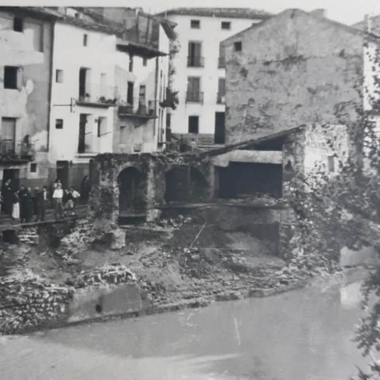 La Retina: edificios derruidos en las inundaciones de 1956 en Cervera