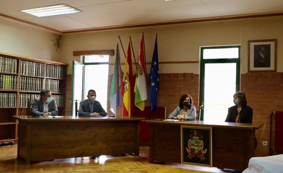 Andreu presenta las diferentes soluciones para la mejora del abastecimiento de agua potable de Cervera