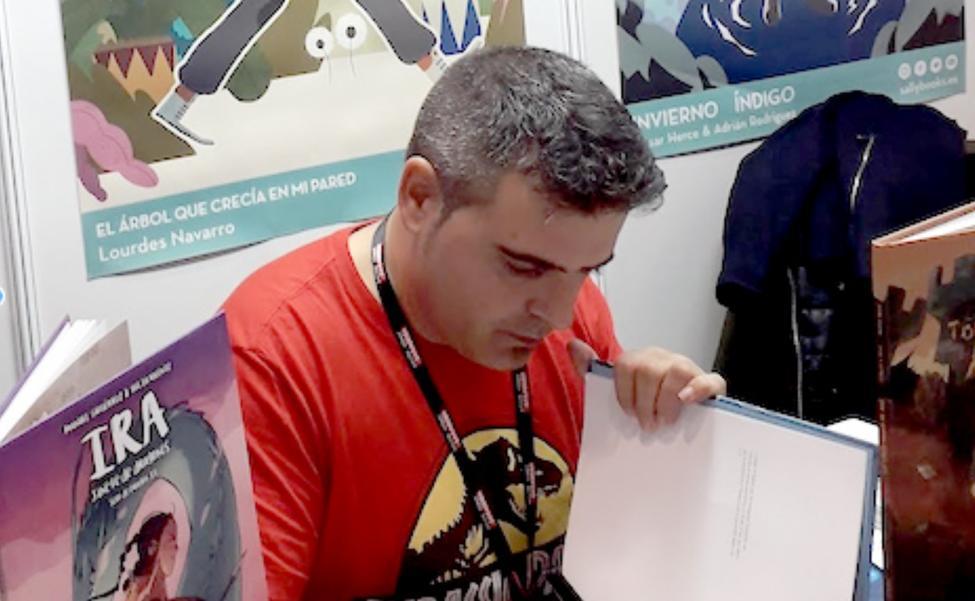 «El cómic es un arma educativa y de divulgación científica y social»