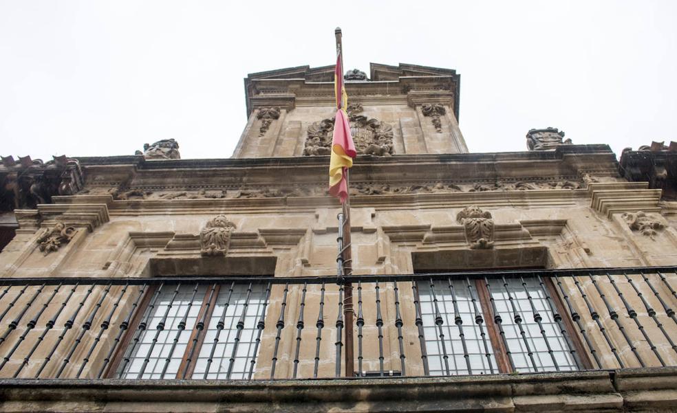 El Defensor del Pueblo da un «tirón de orejas» al Ayuntamiento de Santo Domingo