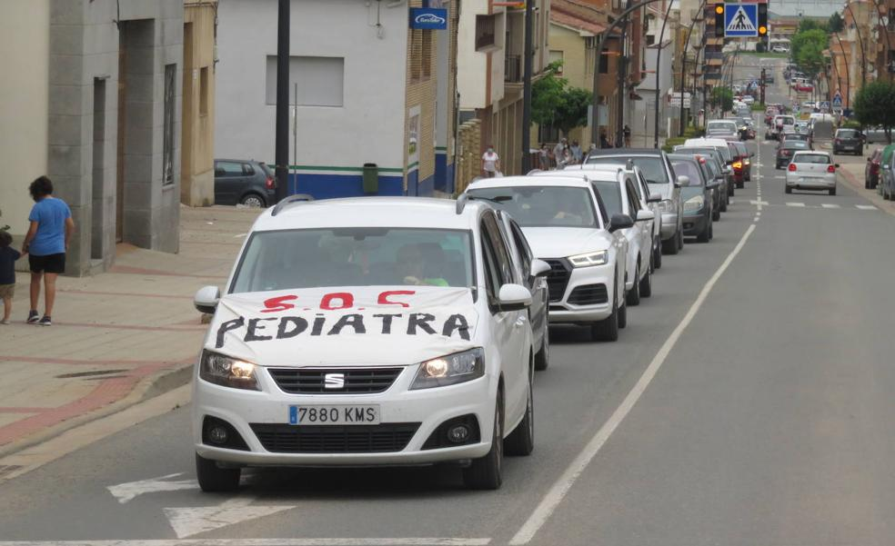 Cientos de alfareños demandan en la calle una solución a dos meses sin pediatras